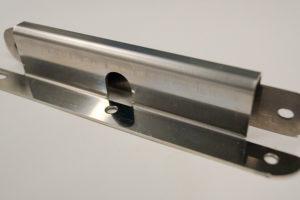 加工事例:プレス加工・コの字曲げ加工・板厚1mmの写真1