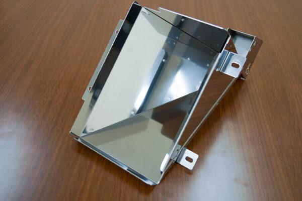 加工事例:SUS430 板厚1.0mmホッパーの写真1