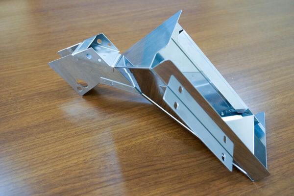 加工事例:SUS430 板厚1.0mmホッパーの写真3