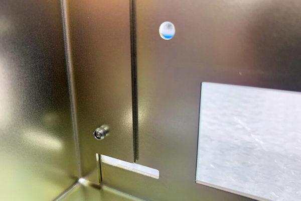 三価クロムメッキ・リベット加工品の写真